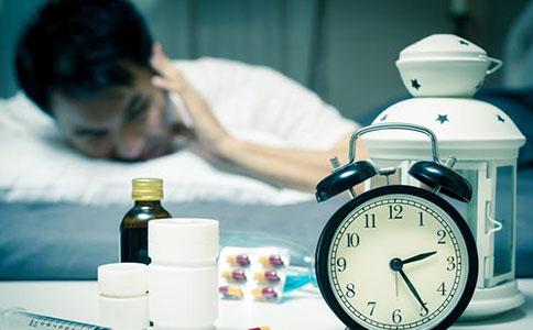 失眠的人多吃这3个食物