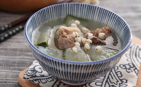 夏季养生薏米冬瓜排骨汤